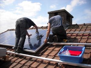 https://www.accountancyvanmorgen.nl/wp-content/uploads/sites/2/2018/04/solar-panels-943999_640-300x225.jpg