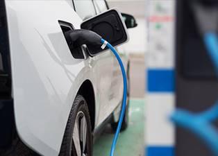 Ook in 2022 een lage bijtelling voor de elektrische auto? - Nieuws- en  persberichten | ALD Automotive